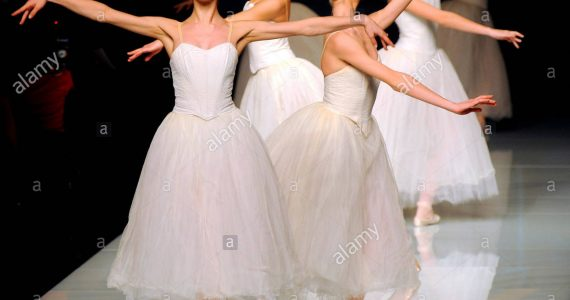 ballet-dancers-perform-on-a-catwalk-at-the-beginning-of-the-roccobarocco-FKYDF1